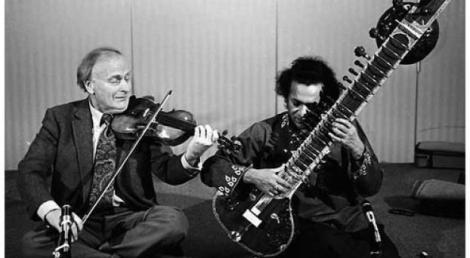 murio-ravi-shankar-L-MWGdD_ con violinista
