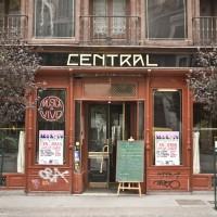 Decadencia en el Café Central